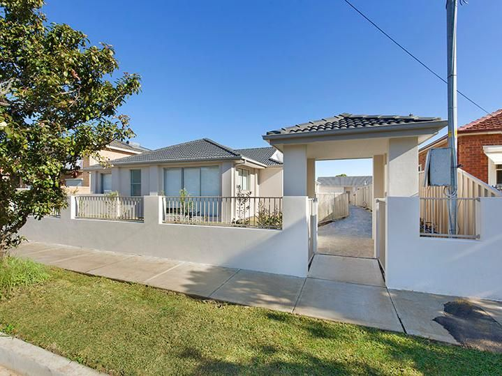 1/25 Bayview Road, Canada Bay NSW 2046, Image 1