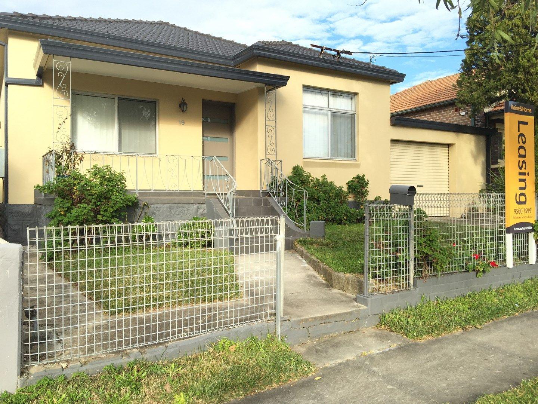 19 Athelstane Avenue, Arncliffe NSW 2205, Image 0