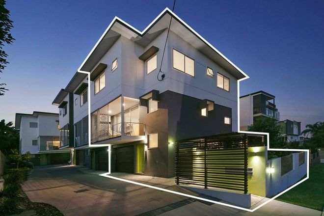Picture of 1/21 Pickwick Street, CANNON HILL QLD 4170