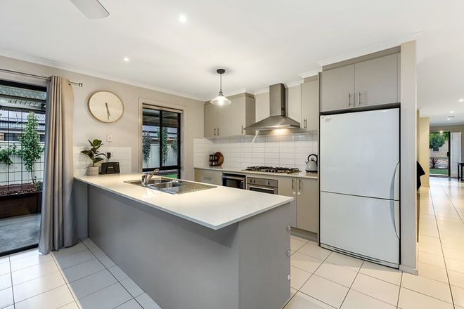 Picture of 22 Black Wattle Avenue, EPSOM VIC 3551