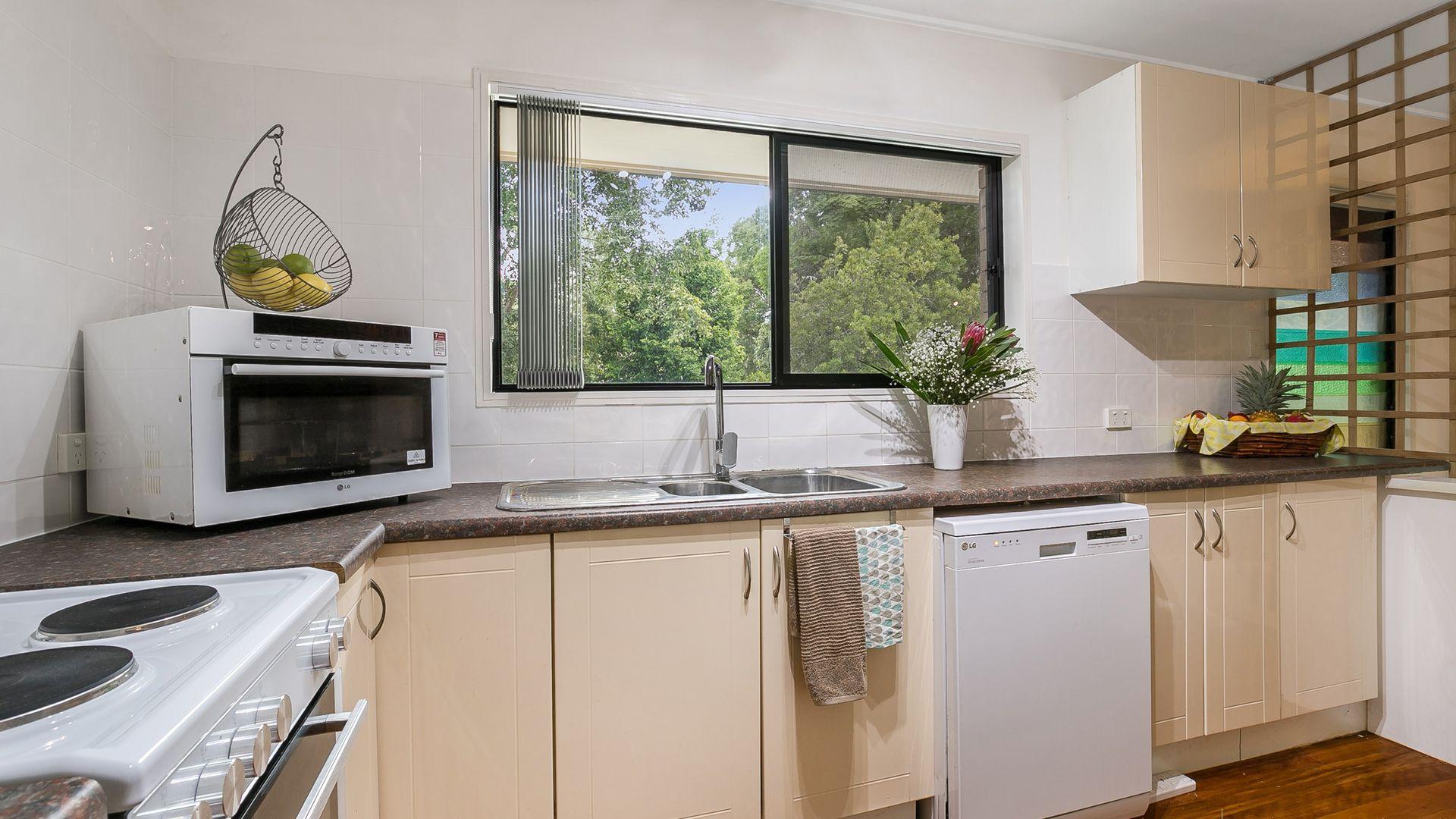 59 Aberfoyle Street, Kenmore QLD 4069, Image 2
