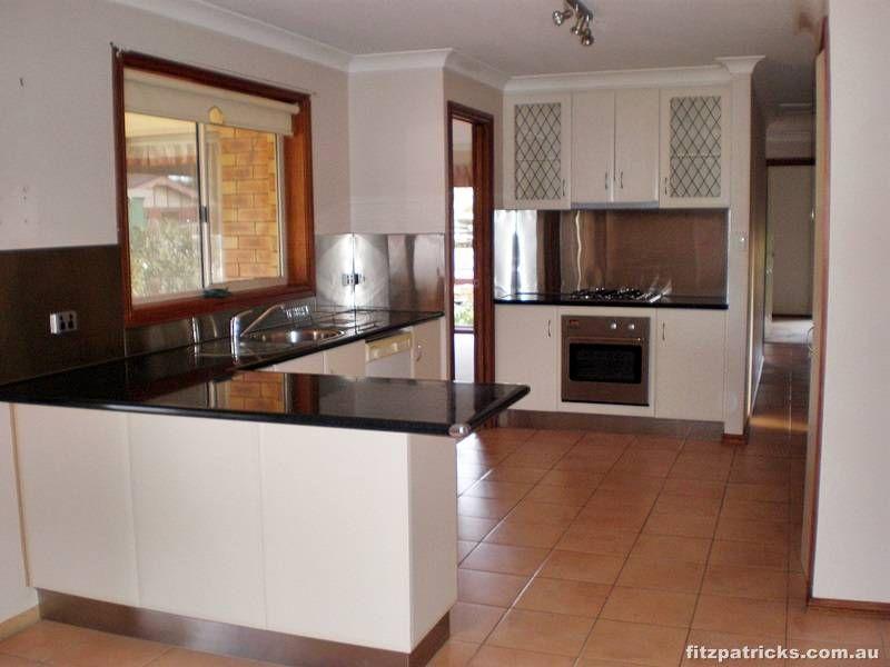 4 Chambers Place, Wagga Wagga NSW 2650, Image 1