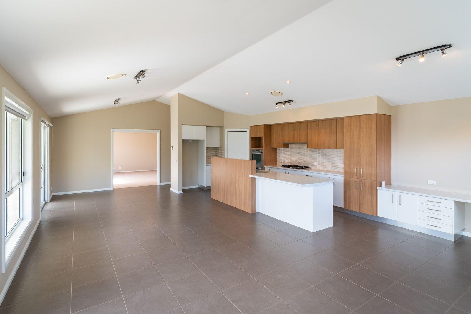 40 Darwin Drive, Llanarth NSW 2795, Image 1