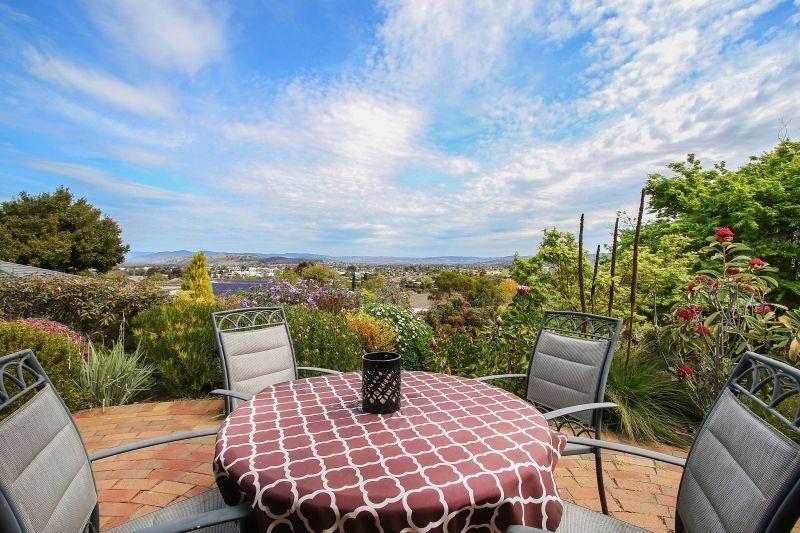 408 Carlma Crescent, Lavington NSW 2641, Image 2