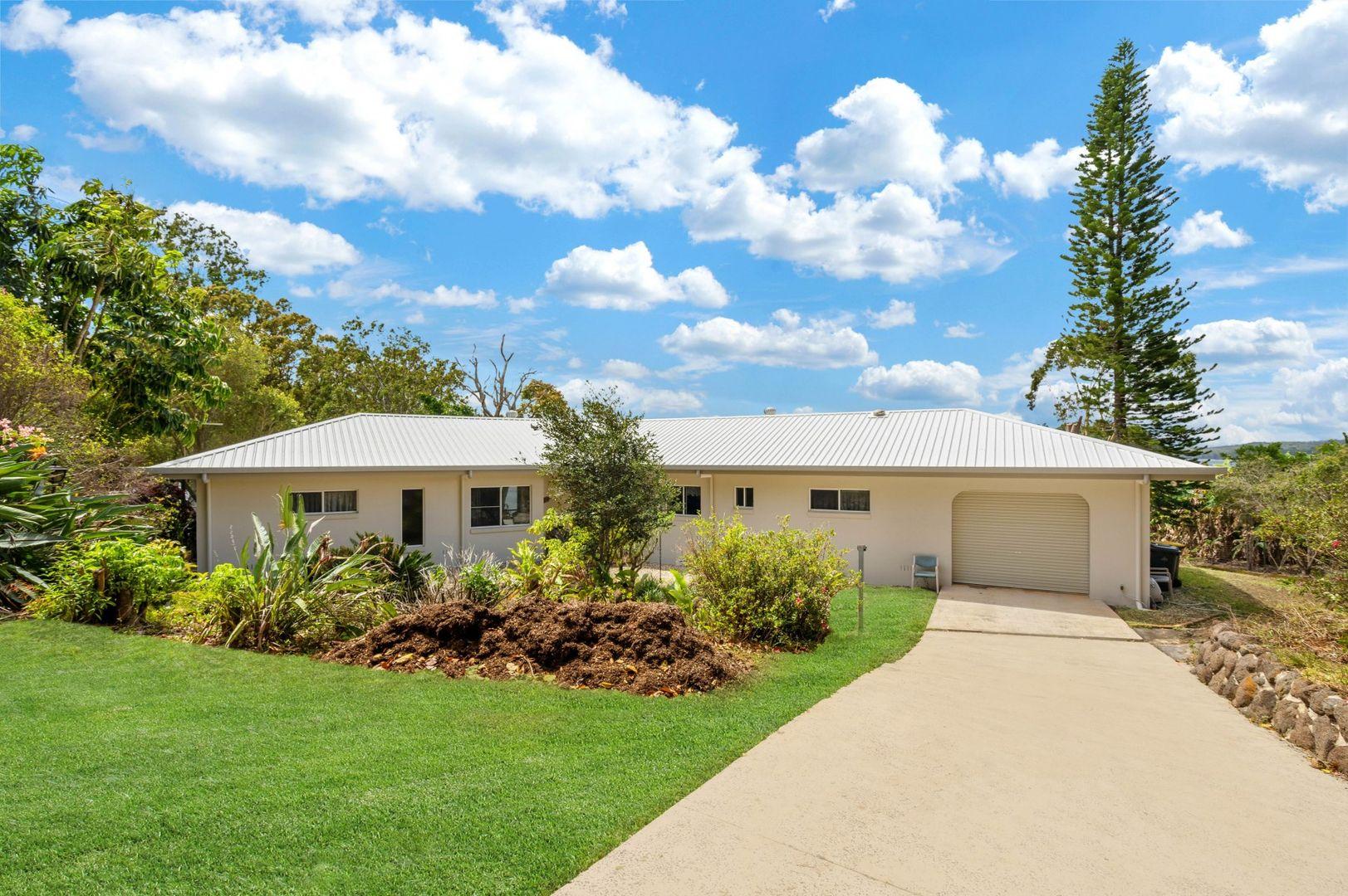 60 Bluewater Drive, Tinaroo QLD 4872, Image 2