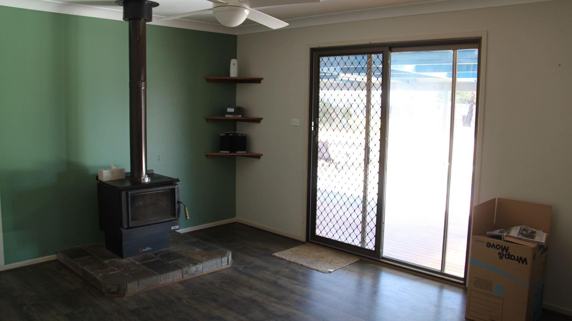 17 Warral Street, Duri NSW 2344, Image 2