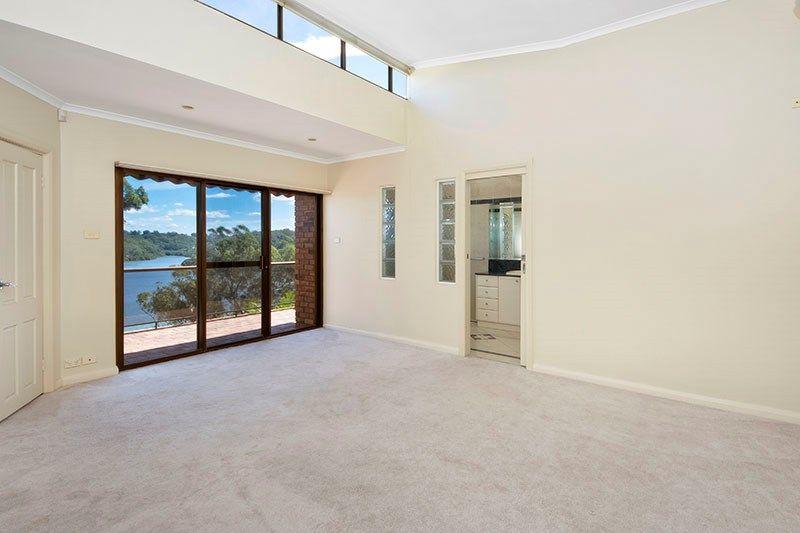 21 Cranbrook Place, Illawong NSW 2234, Image 2