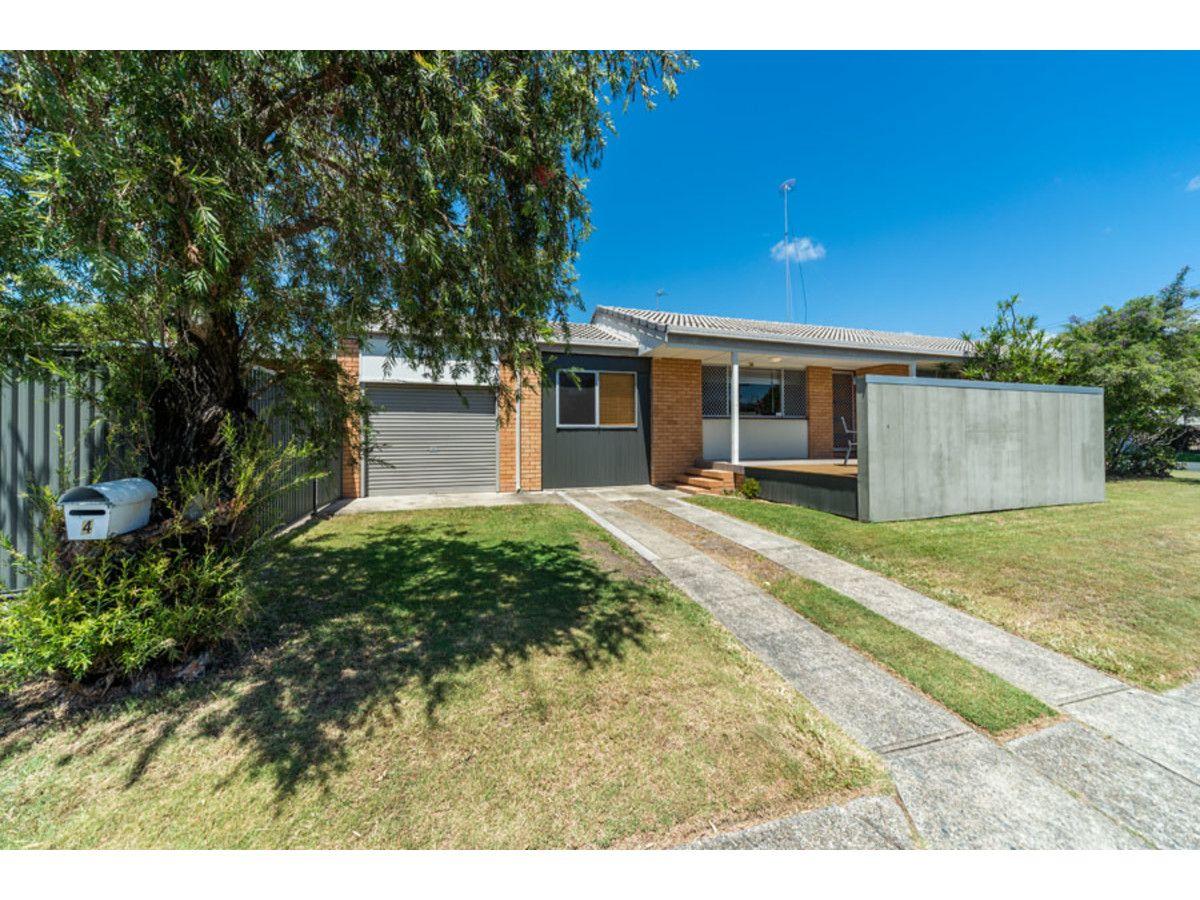 4 Grace Avenue, Labrador QLD 4215, Image 1