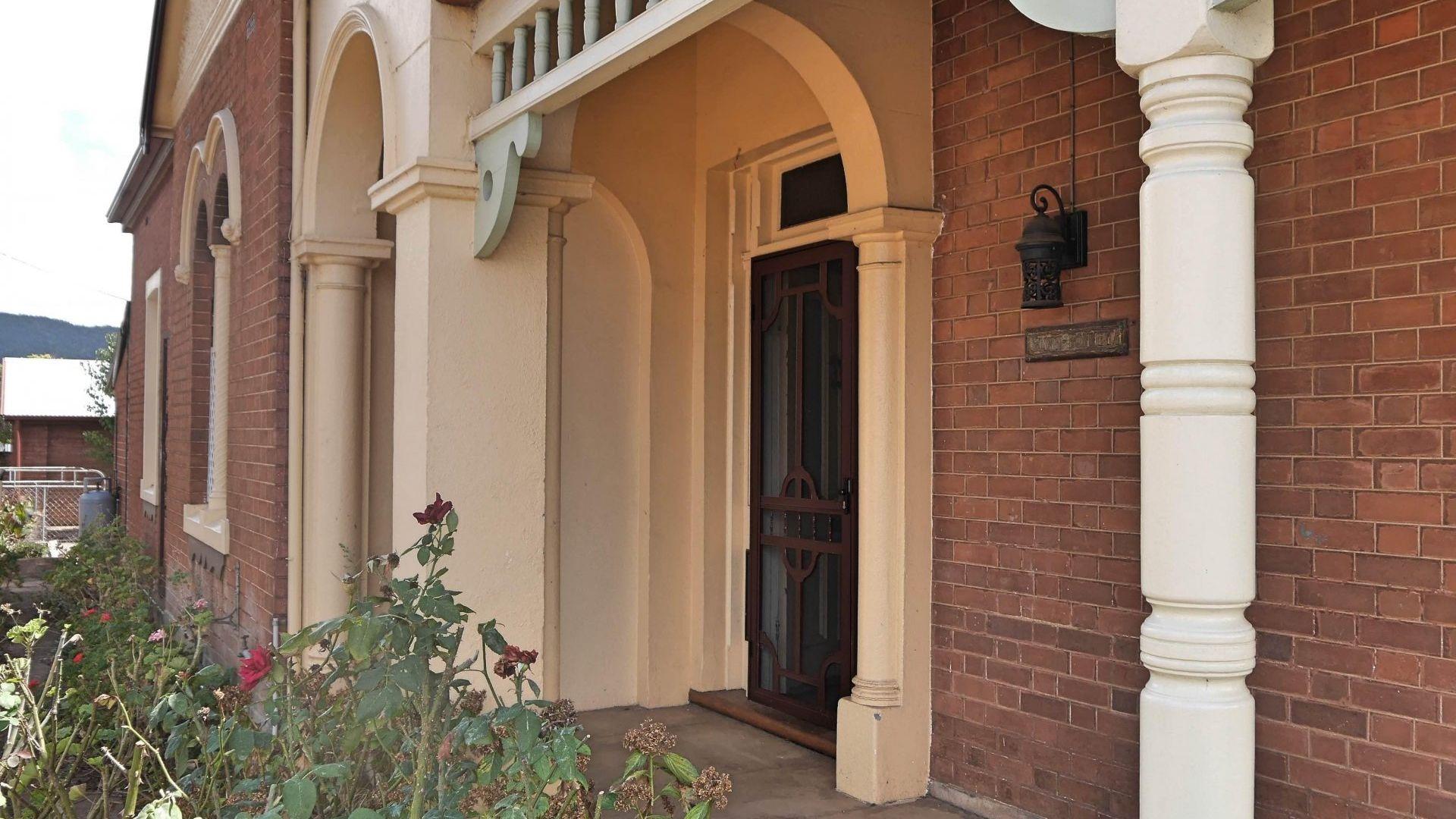 56 Gisborne Street, Wellington NSW 2820, Image 2