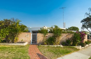 Picture of 219 Westview Street, Scarborough WA 6019