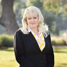 Lenka Balog, Sales representative