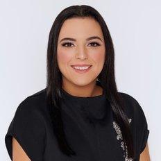Stefanie Srbinovska, Sales representative