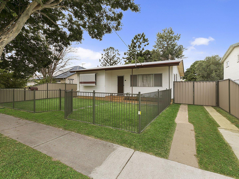 18 Spitfire  Avenue, Strathpine QLD 4500, Image 1