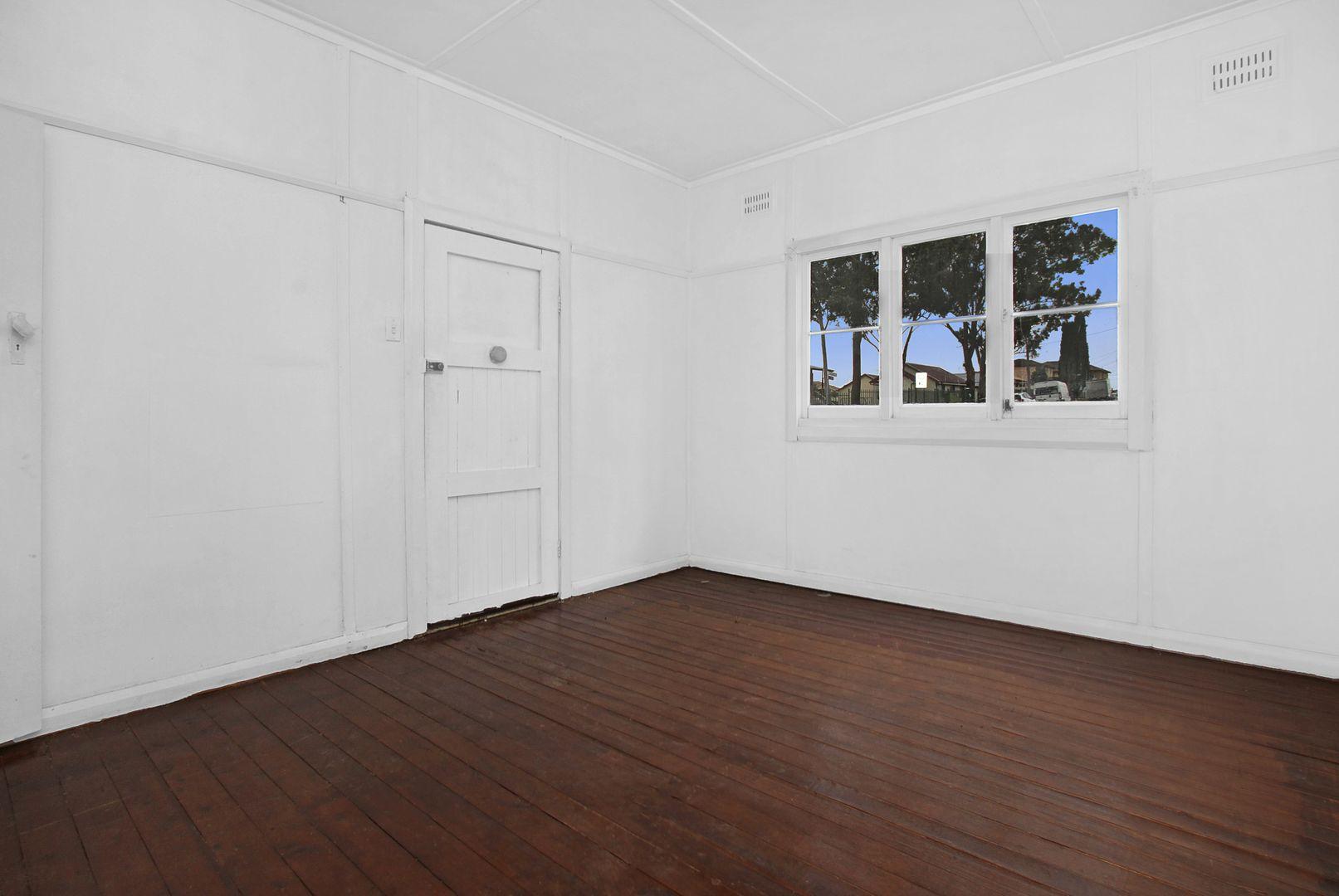 306 Elizabeth Drive, Mount Pritchard NSW 2170, Image 2