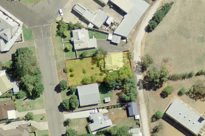 Picture of 17 South Avenue, YENDA NSW 2681