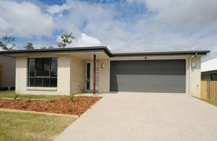 Picture of 34 Broadwater Place, Kirkwood QLD 4680