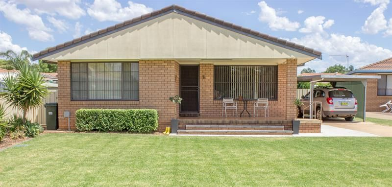 10 Bass  Place, Dubbo NSW 2830, Image 0