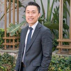 Alan Cuong Au, Sales representative