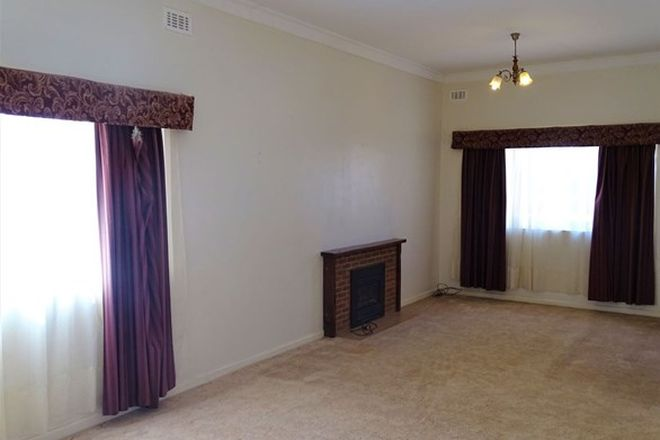 Picture of 568 Radium Street, BROKEN HILL NSW 2880