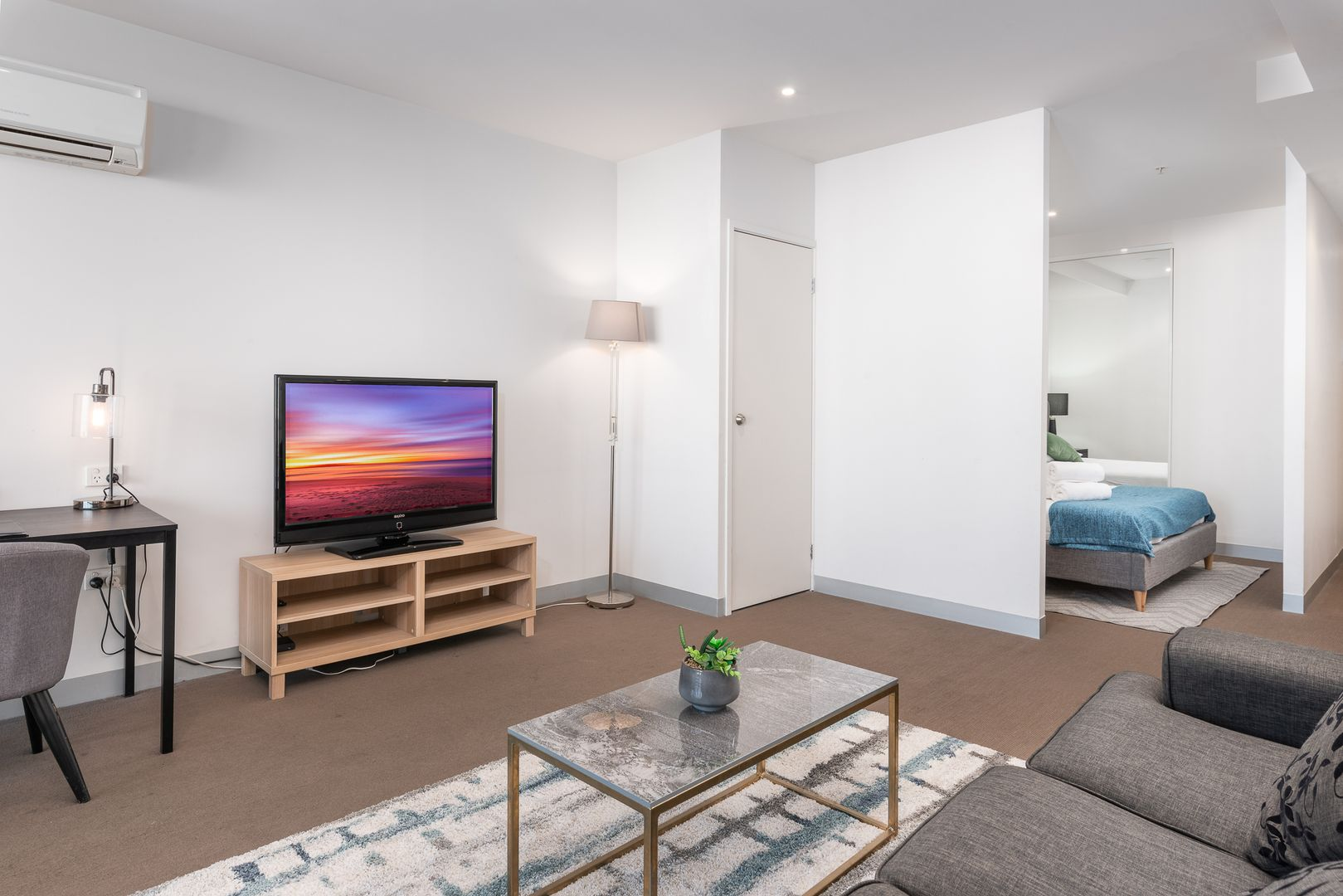 1002/565 Flinders St, Melbourne VIC 3000, Image 1