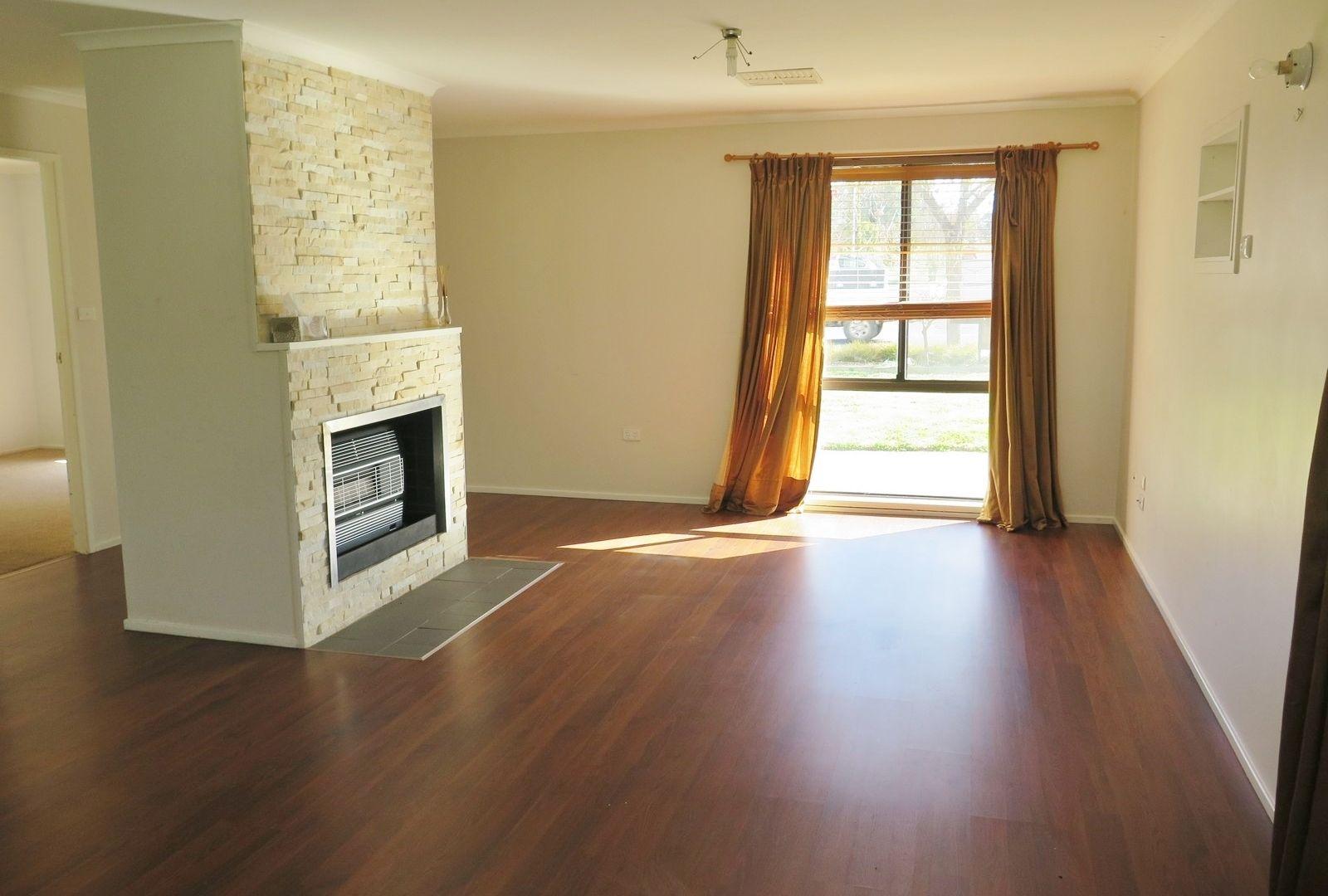 23 Pugsley Avenue, Estella NSW 2650, Image 2
