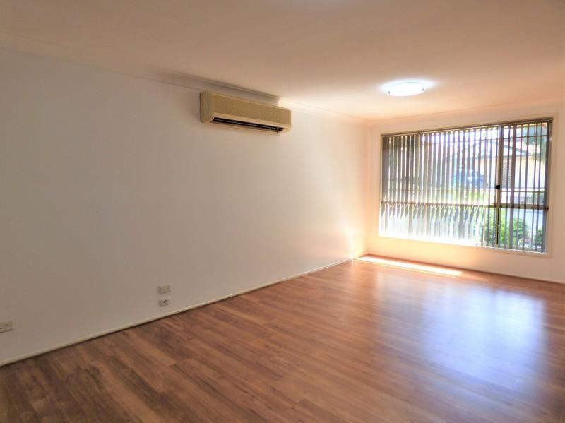 8 Pardalote Place, Glenmore Park NSW 2745, Image 2