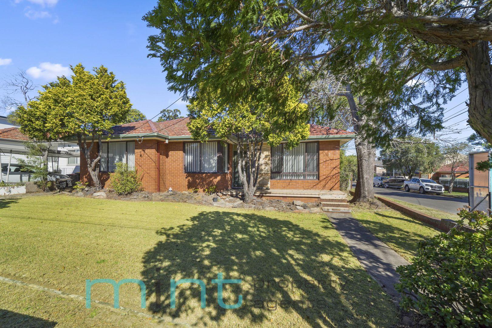 5 Michael Avenue, Belfield NSW 2191, Image 0