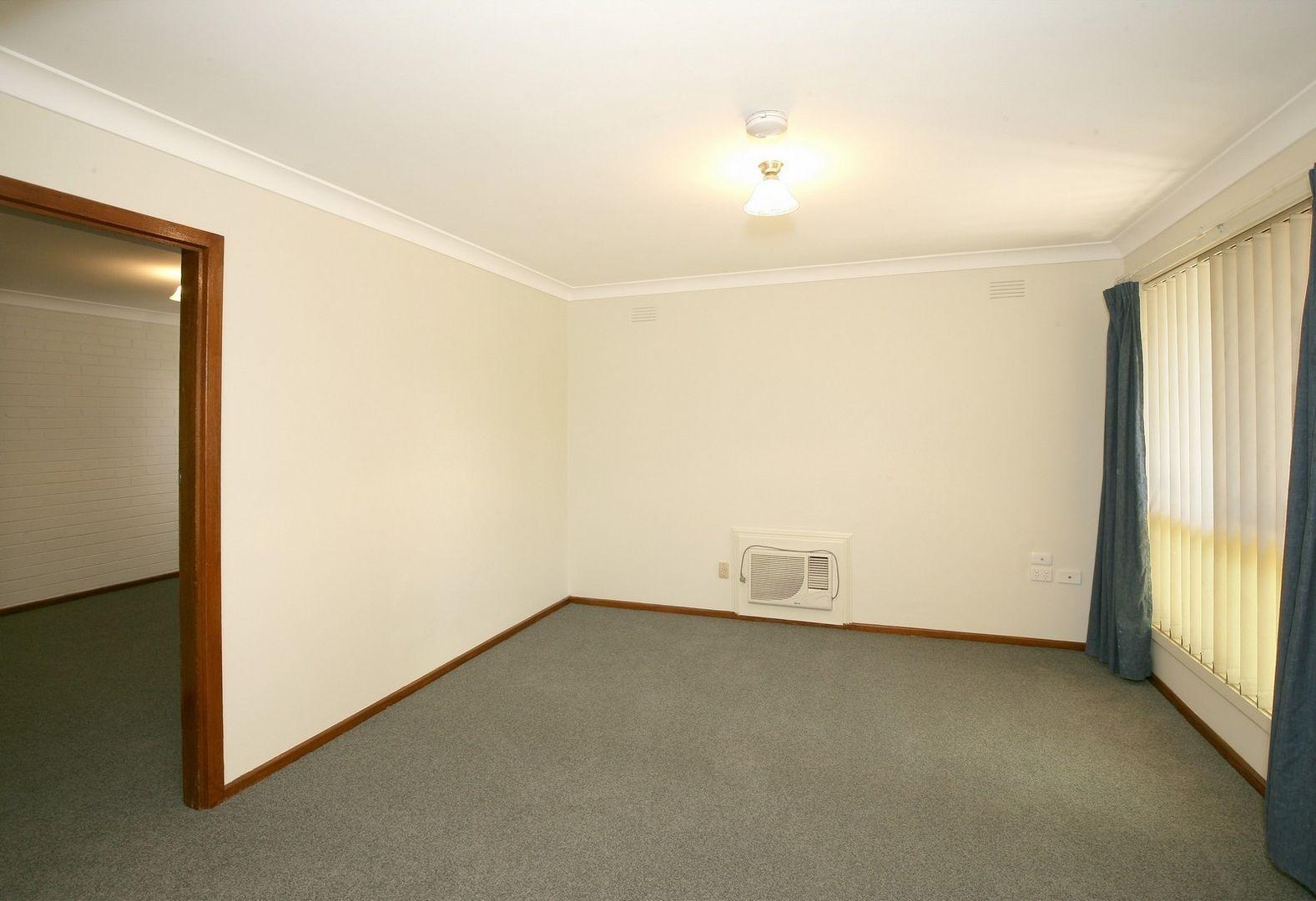 1/8 Edney Street, Kooringal NSW 2650, Image 2