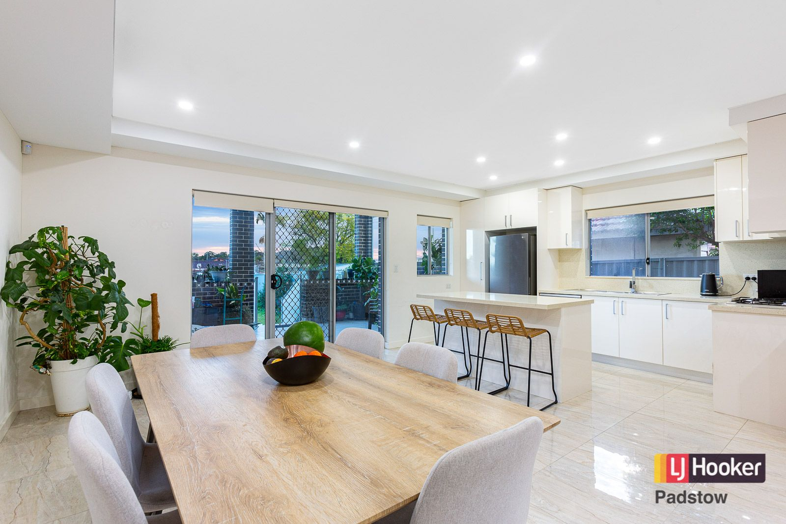 65A Beaconsfield Road, Revesby NSW 2212, Image 2
