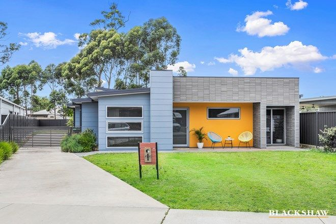 Picture of 22 Gillan  Grove, BROULEE NSW 2537