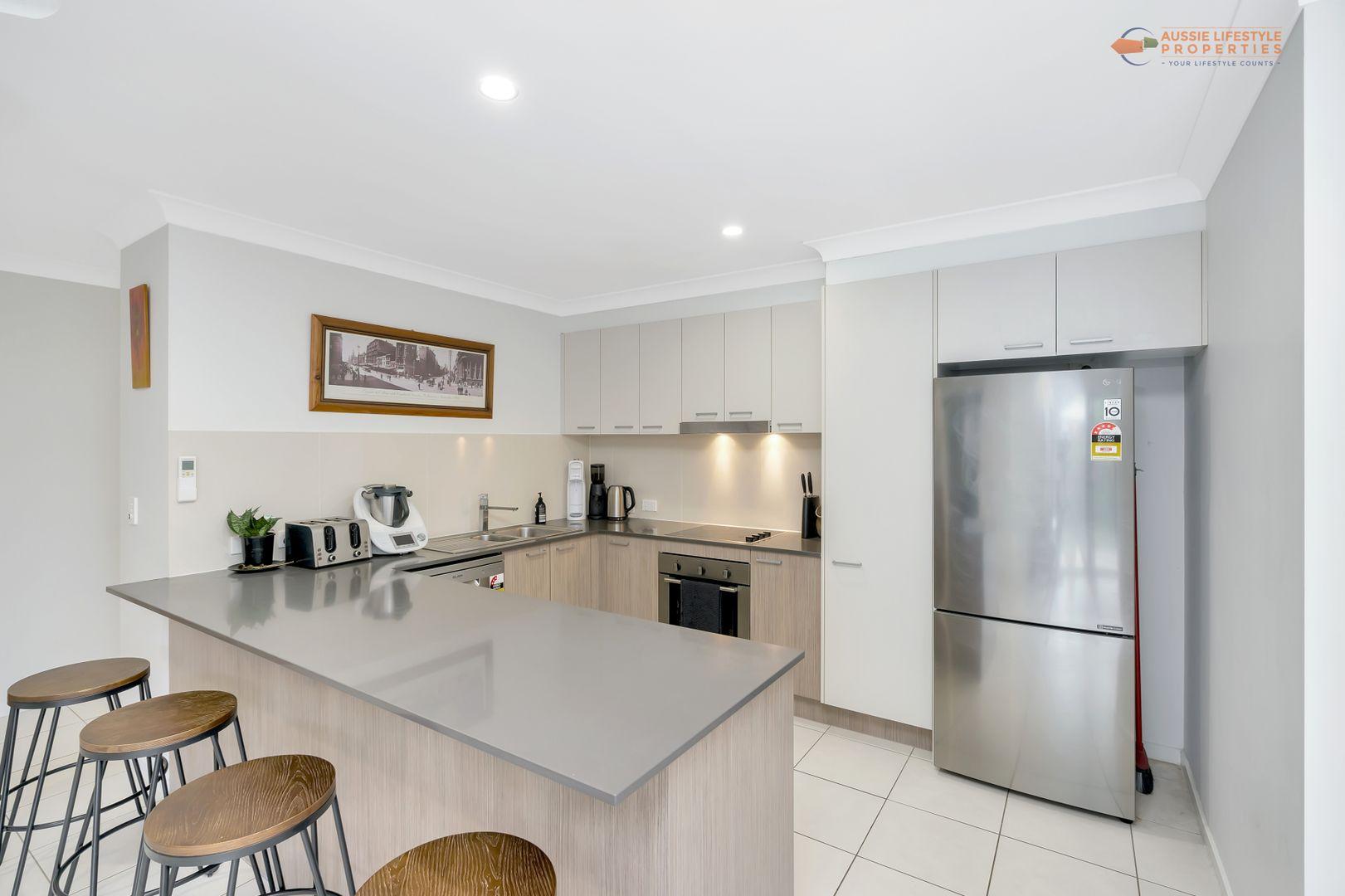 38 Roxborough Street, Canungra QLD 4275, Image 2