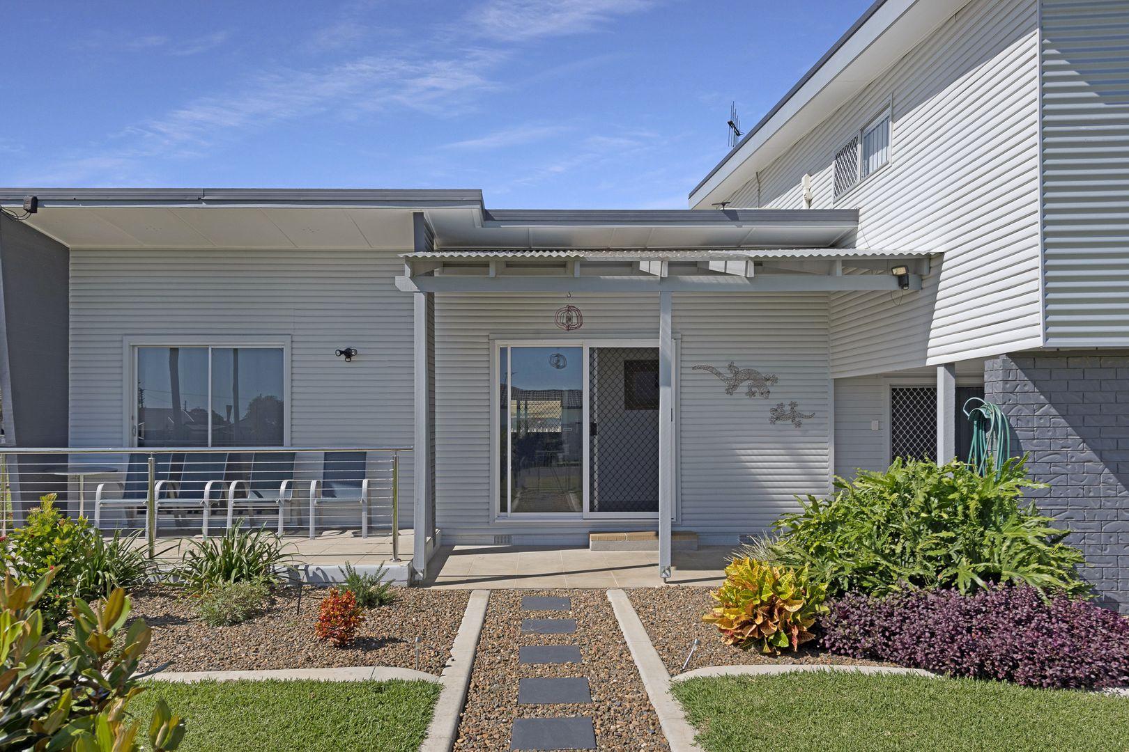 32 Morshead Street, Avenell Heights QLD 4670, Image 0