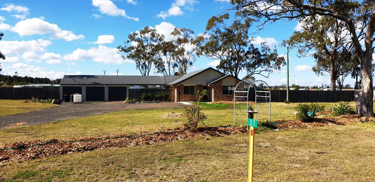 37 Hustons Place, Dalby QLD 4405, Image 0
