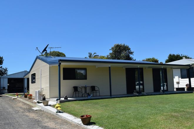 Picture of 43 Corser St, BURNETT HEADS QLD 4670