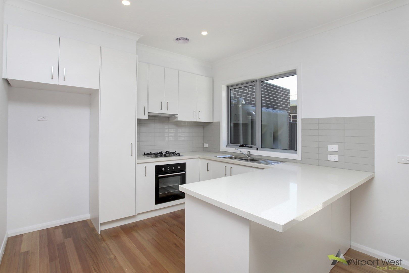 1/12 Hart Street, Airport West VIC 3042, Image 1