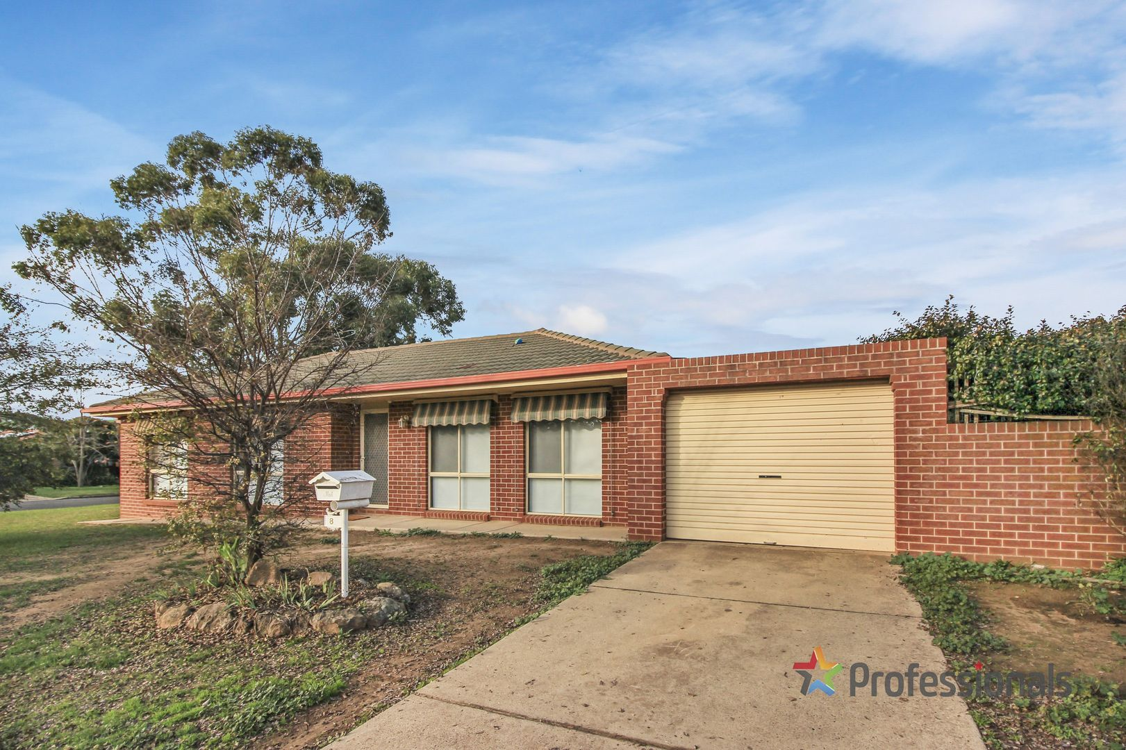 8 O'Connor Street, Tolland NSW 2650, Image 2