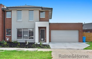 Picture of 22 BRAESTAR STREET, Cranbourne VIC 3977