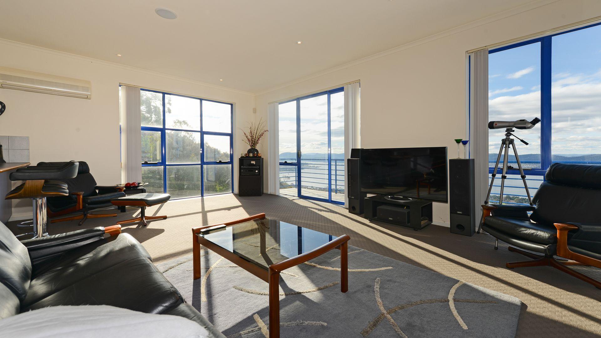 53 Nicholas Drive, Sandy Bay TAS 7005, Image 1