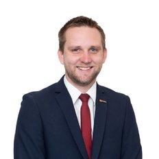 Tyson Hill, Sales representative