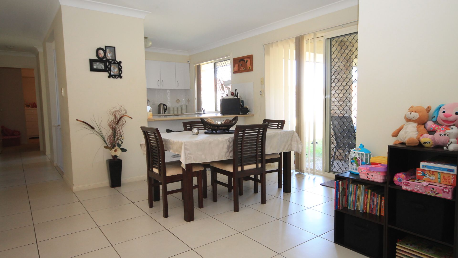 37 Woodrose Road, Morayfield QLD 4506, Image 2