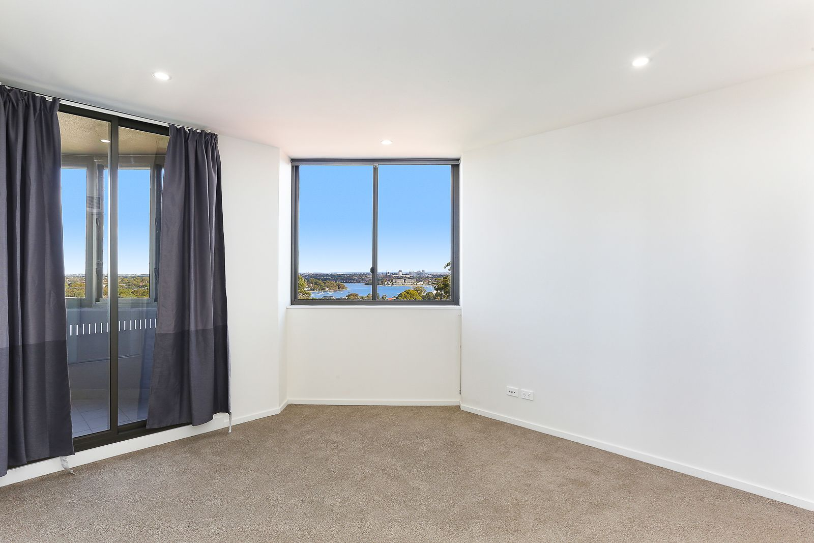 511/8 Wharf Road, Gladesville NSW 2111, Image 2