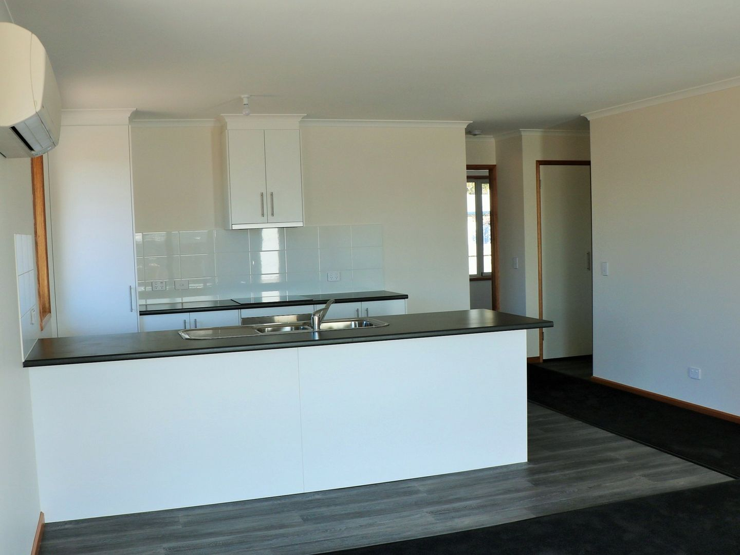Unit 1, 2 or 3/13 Heather Place, St Helens TAS 7216, Image 2