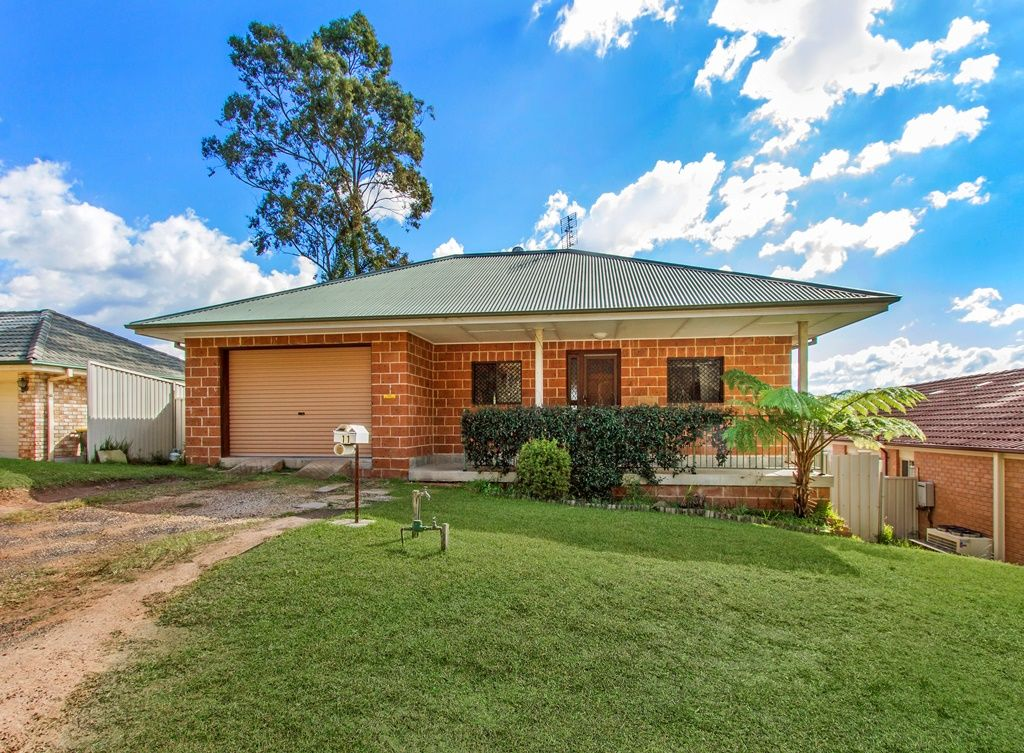 11 Camden  Way, Watanobbi NSW 2259, Image 0