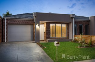 Picture of 1/35 Aviemore Way, Point Cook VIC 3030