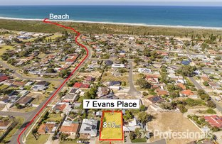Picture of 7 Evans Place, Two Rocks WA 6037