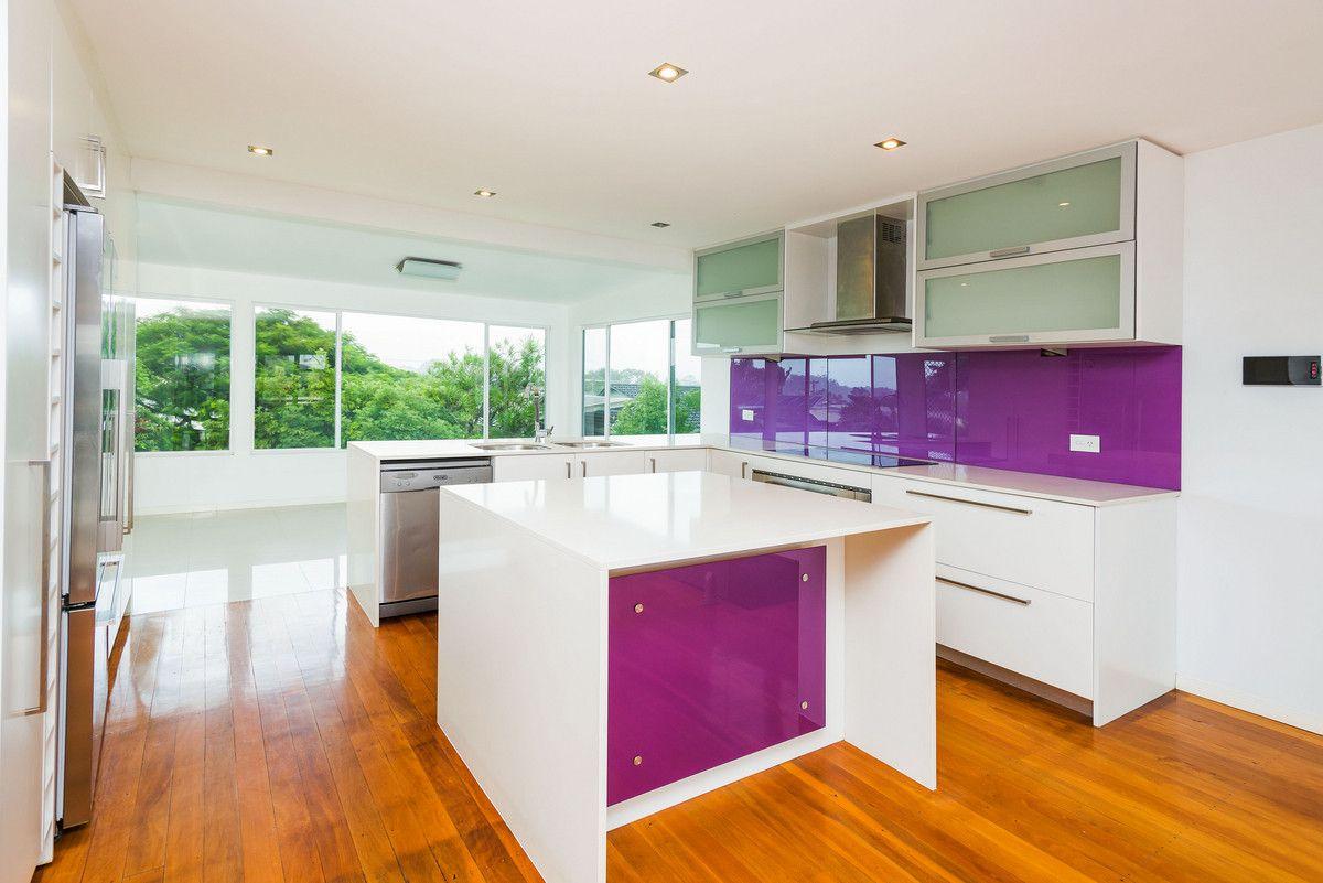 16 Ashbourne Terrace, Biggera Waters QLD 4216, Image 1
