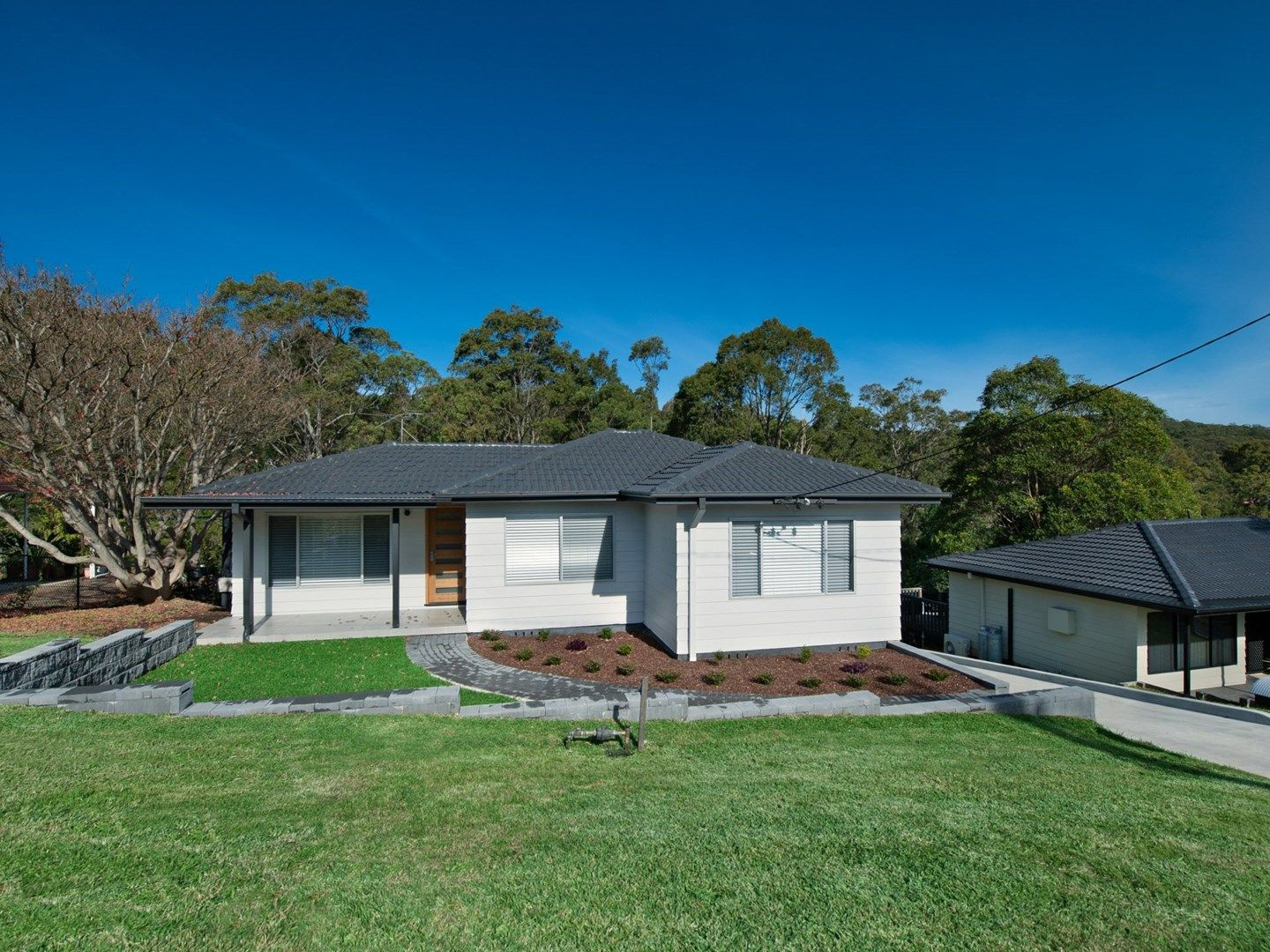 26 Albert Street, Tingira Heights NSW 2290, Image 2