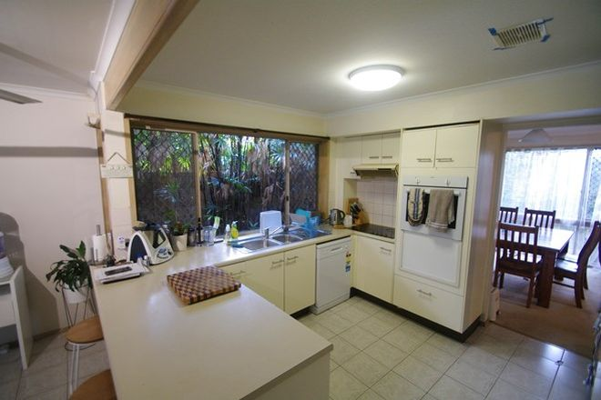 Picture of 37 Farnworth Street, CHAPEL HILL QLD 4069