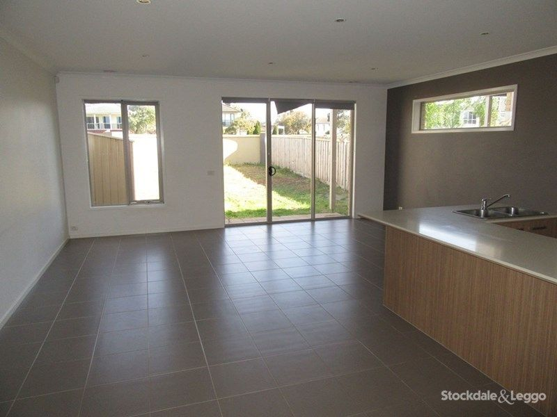 3 Broadbeach Circuit, Point Cook VIC 3030, Image 1