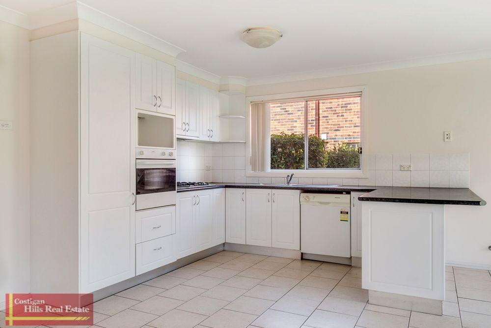 2/220 Farnham Road, Quakers Hill NSW 2763, Image 1